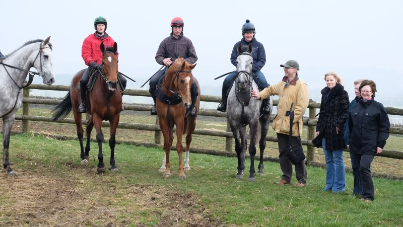 Knockanrawley, Trumix, Savant Bleu and Silver Eagle with Iain, Mel, Sue and Angela