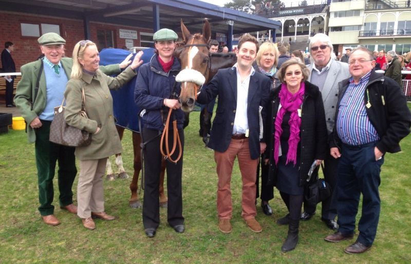 Sparville and some very relieved owners.. John Perriss, Caroline Elliott, Henry Kimbell, Leslie Wilkes, Henry's Mum Maureen, Bob Clarke and Michael Wilkes.
