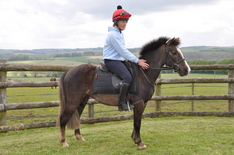 Clare on her new horse Highrate.. this winning chaser was bought from Sue Smith