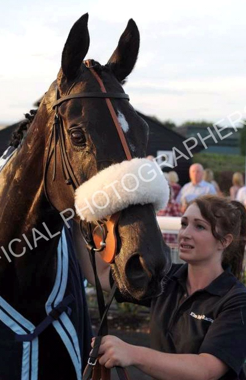 Midnight Oscar and Anna Pycroft