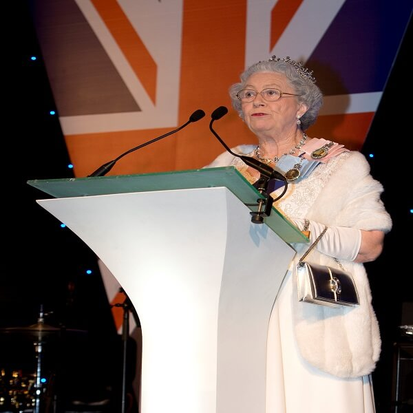 The Queen Lookalike British Themed
