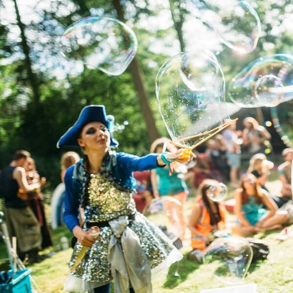 Themed Bubble Performer UK