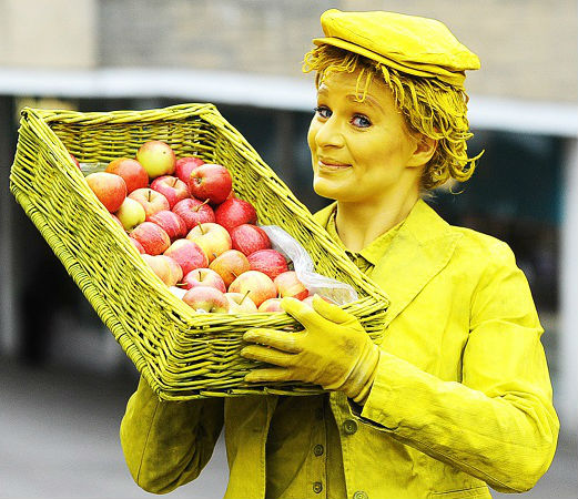 Fruit Seller Living Statue