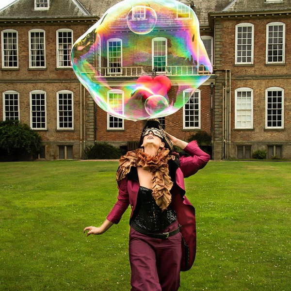 Bubble Performer hire