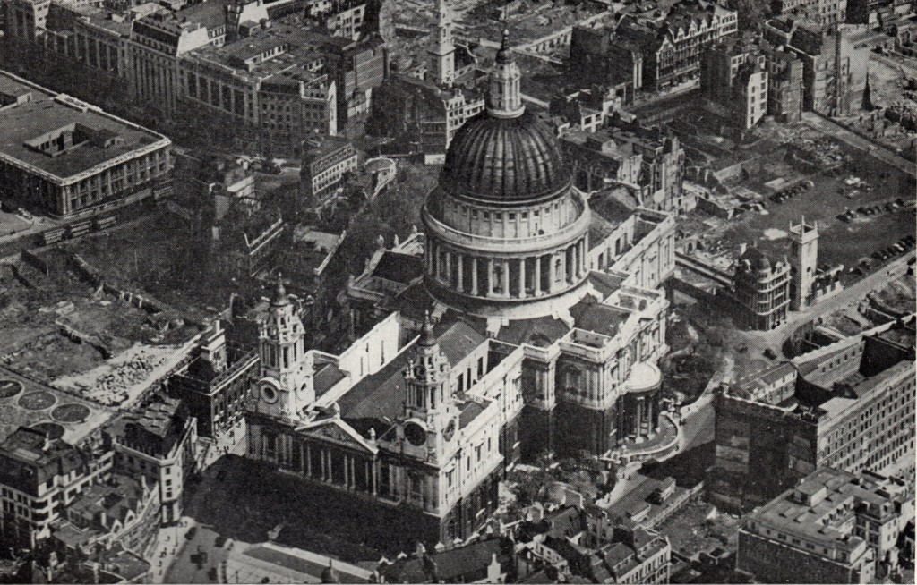 Air Photo Atlas of London St Pauls Cathedral