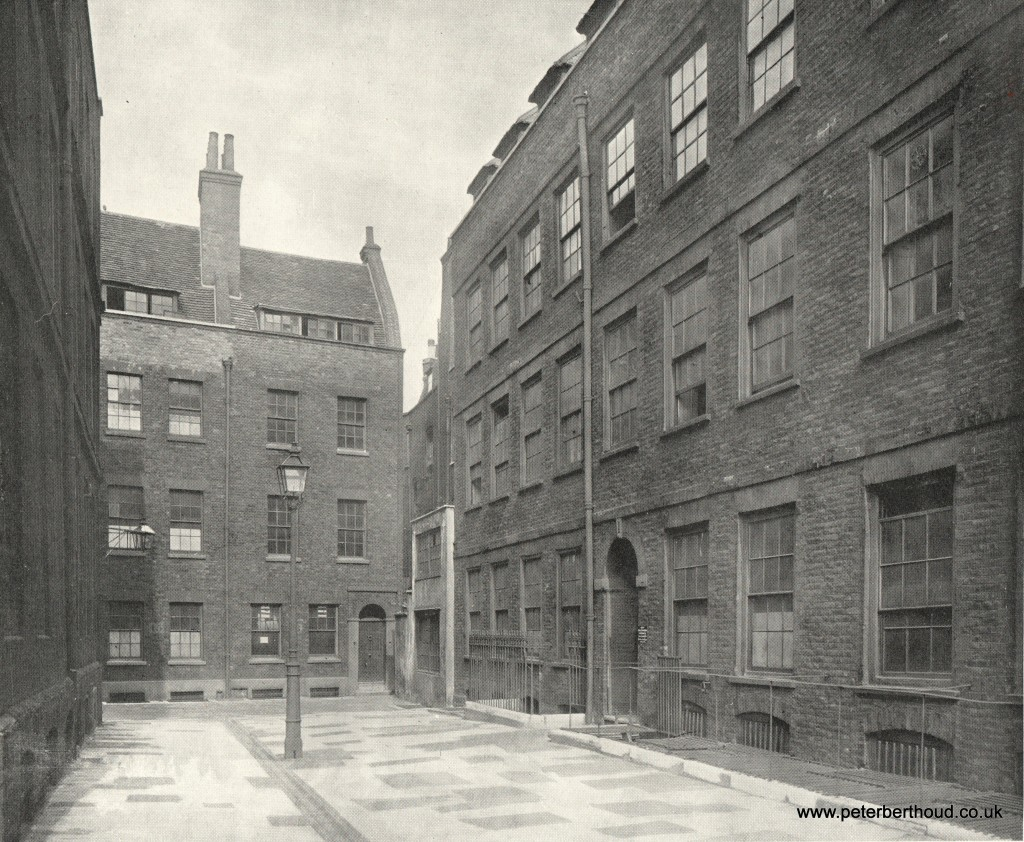 Corner of Wych Street and Holywell Street