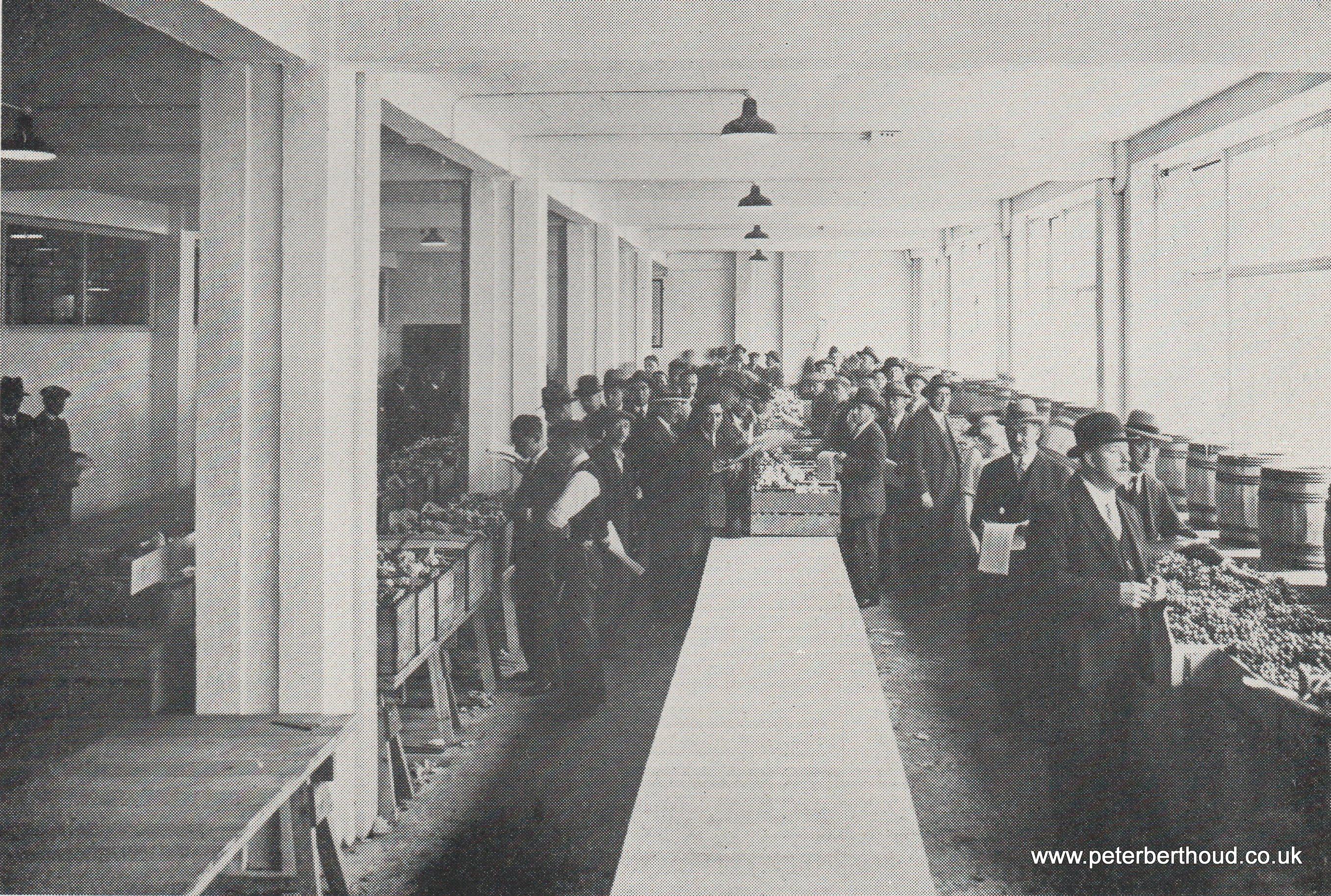 London Fruit Exchange, Spitalfields Market: Sample Show-room (1930)