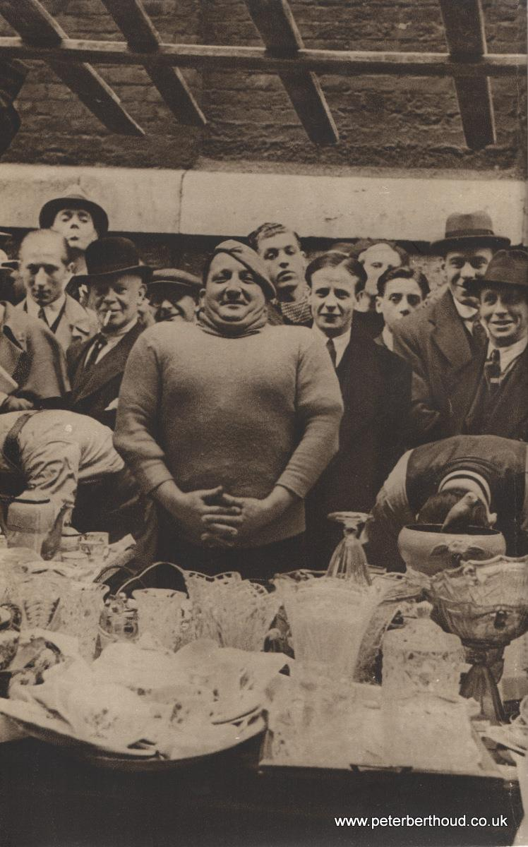 Petticoat Lane: The Glass Man's burly auctioneer  Covent Garden: A rest from shelling peas Covent Garden: A rest from shelling peas